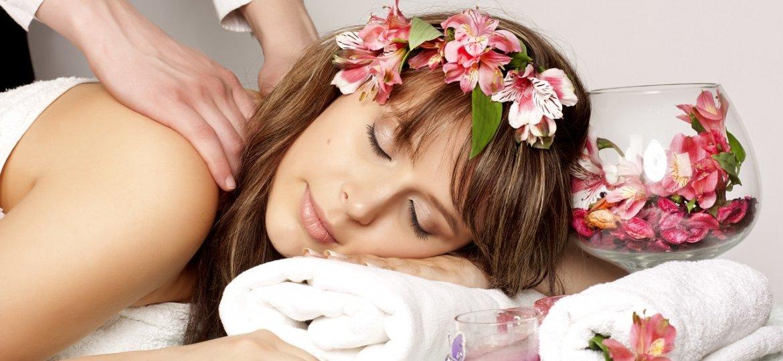 massaggio-hawaiano-lomi-lomi